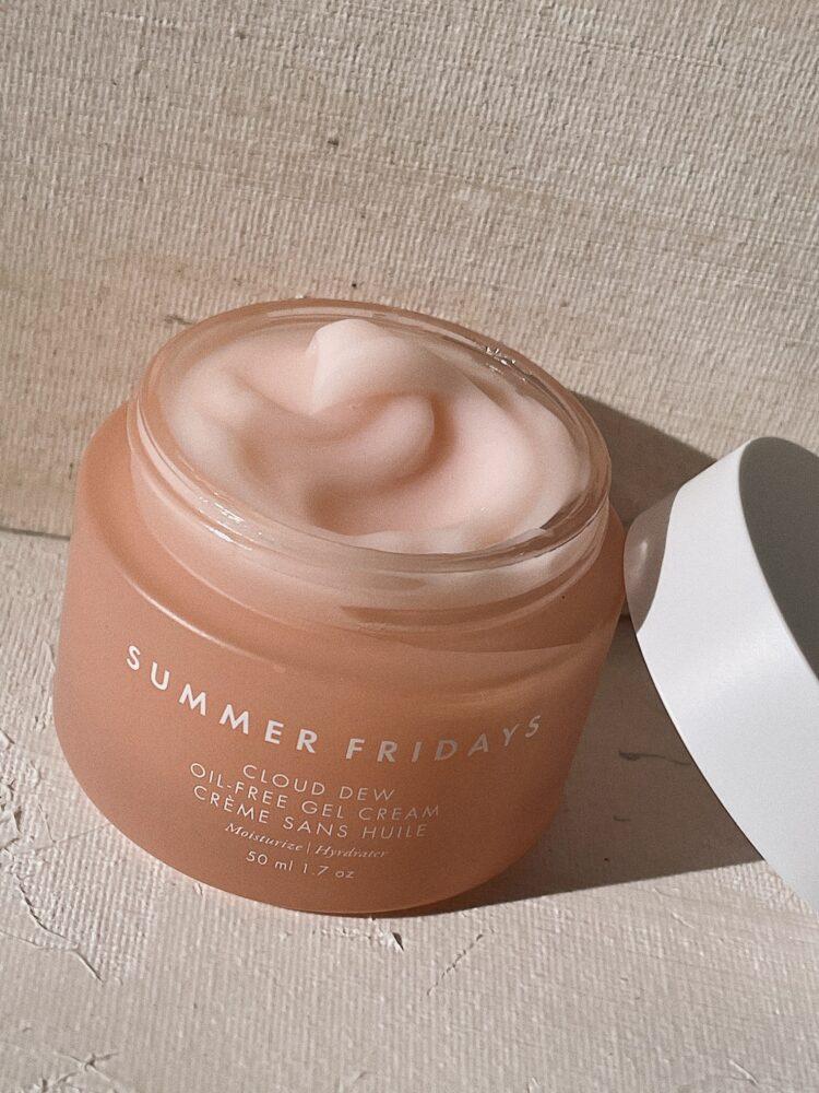 Summer Fridays cloud dew oil free gel cream review moisturizer